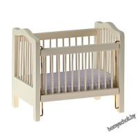 Детская кроватка, кремовый цвет